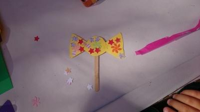 Manualidades con peques, caramelos de papel
