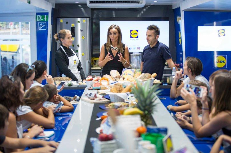 Frutitour taller de meriendas saludables y divertidas LIDL